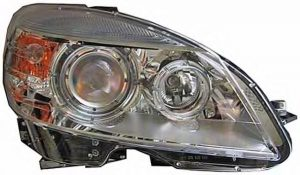 W204 XENON/HID Projector Right Hand Side (NEW)