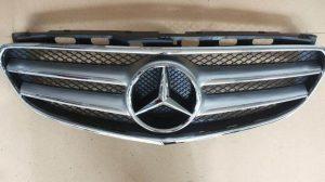 W212 COVER BUMPER GRILLE (NEW)