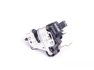 W210 DOOR LOCK LH (USED)