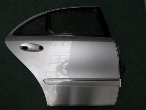 W211 RR DOOR RH (NEW)