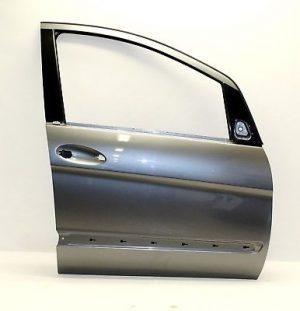 W169 FRONT DOOR RH (USED)