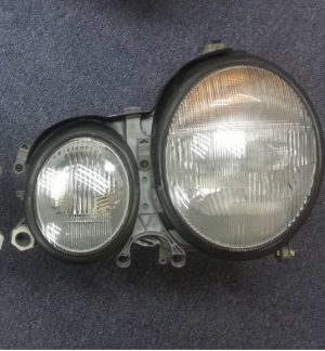 W128 LIGHT UNIT RH (USED)