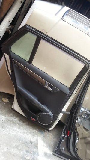 W204 REAR DOOR PENAL (USED)