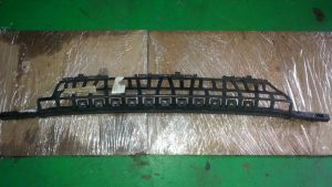 W211 MOUNTING FRAME (USED)
