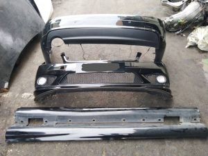 W204 BODY KIT 1SET (USED)