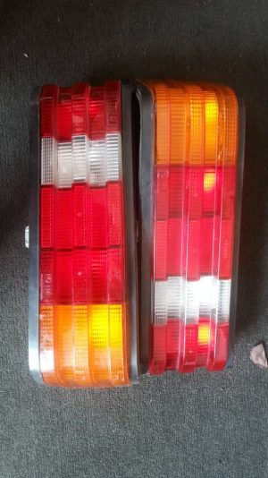 W201 TAIL LAMP (USED) 1SET