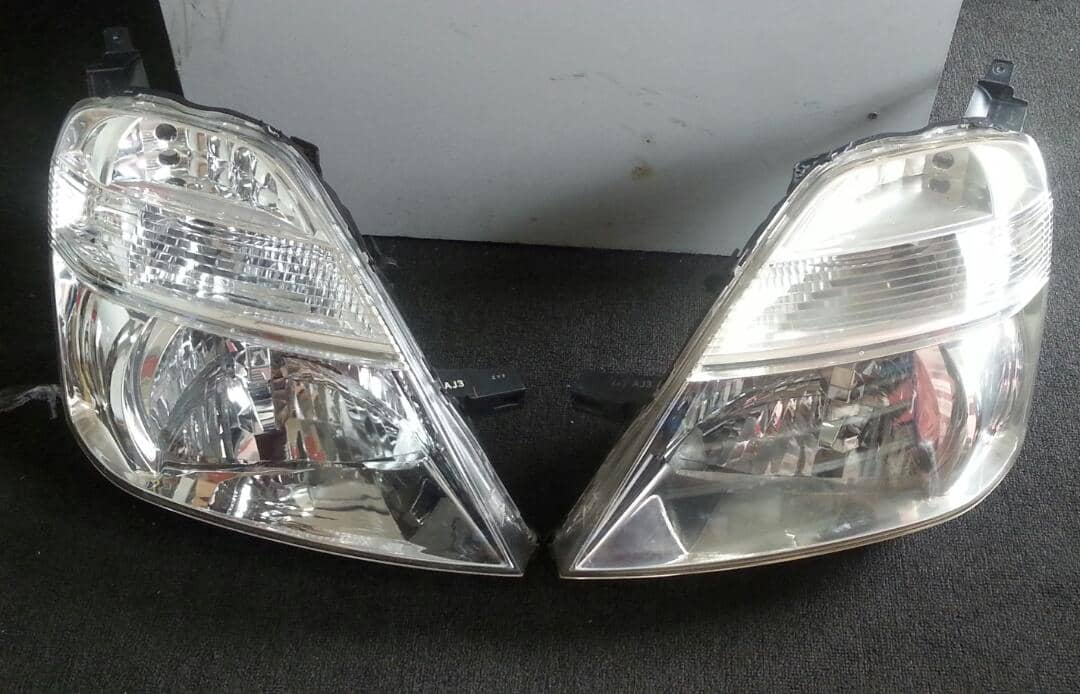 LEXUS RX300 HEADLAMP NEW 1SET